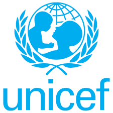 ЮНІСЕФ допомагає навчальним закладам Луганщини комп'ютерною технікою