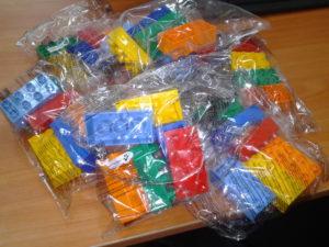 Заклади освіти Луганщини отримали ігрові набори LEGO