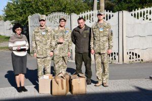 У навчальних закладах області гвардійці розповідають про патріотизм та військове життя
