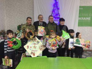 Юні натуралісти Луганщини привітали воїнів ООС з Днем Святого Миколая